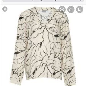 B. YOUNG GEHA LING SLEEVE BLOUSE